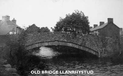 Old Llanrhystud Bridge originally built of stone with an arch spanning the river Wyre, the humpback bridge was later replaced accommodate modern transport